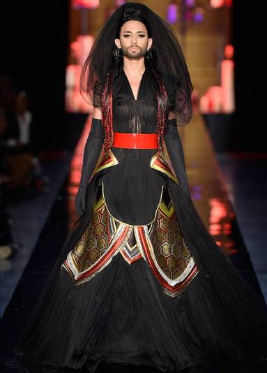 rs_594x829-140711131002-070914-couture-week-3-594
